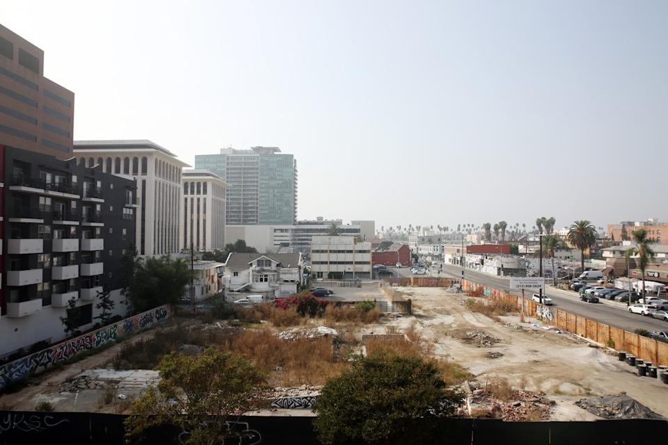 A vacant lot on Sixth Street in Koreatown is slated to become a 192-room hotel.