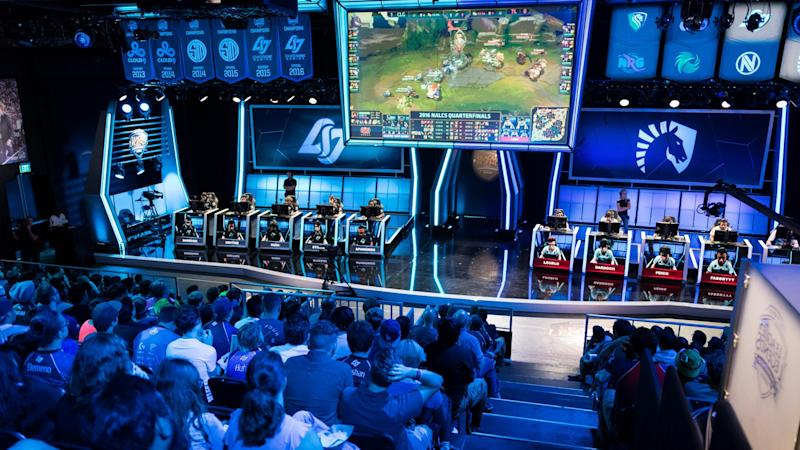 The League of Legends esports scene is surrounded by controversy right now (Jeremy Wacker)