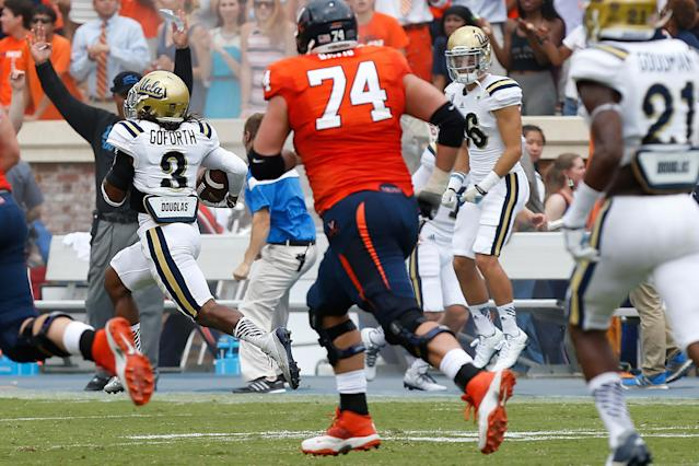 UCLA scores three defensive touchdowns in first half against Virginia