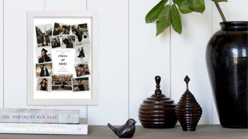 Best personalized grad gifts: Collage frame