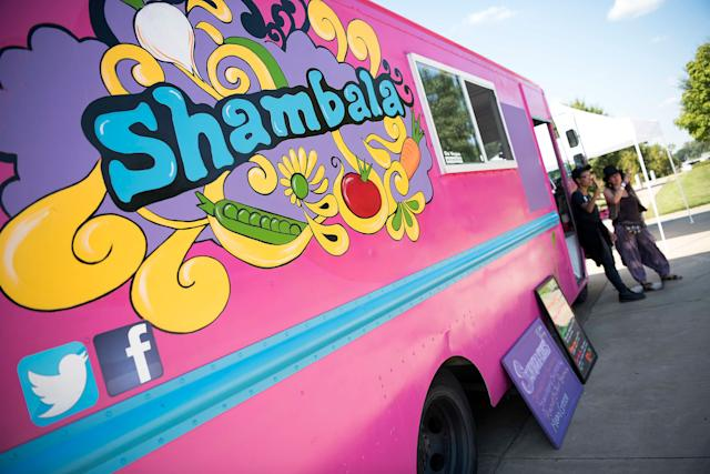 Shambala, a food truck owned by Phoebe Glass and Amir Salem, serves upvegetarian food near theHuffPost video activation site.