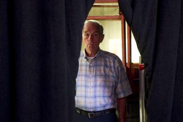 Ron Paul waits to speak during the Iowa straw poll in Ames, Iowa, August 13, 2011. (REUTERS/Daniel Acker)