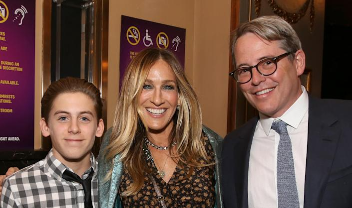 Sarah Jessica Parker and Matthew Broderick pose with son James Wilkie in 2017 (Walter McBride / WireImage)