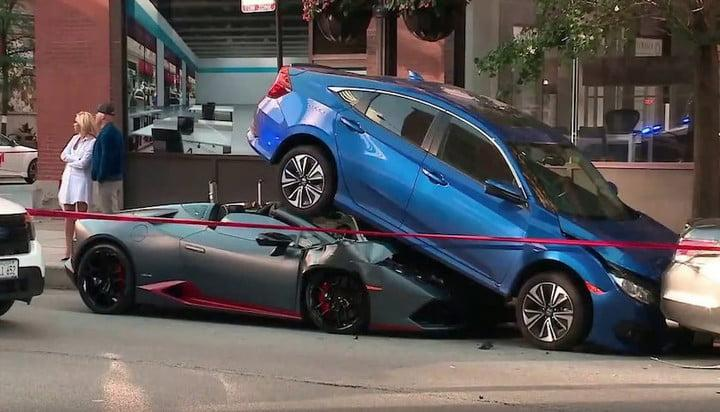 accidente lamborghini huracan honda civic chicago head