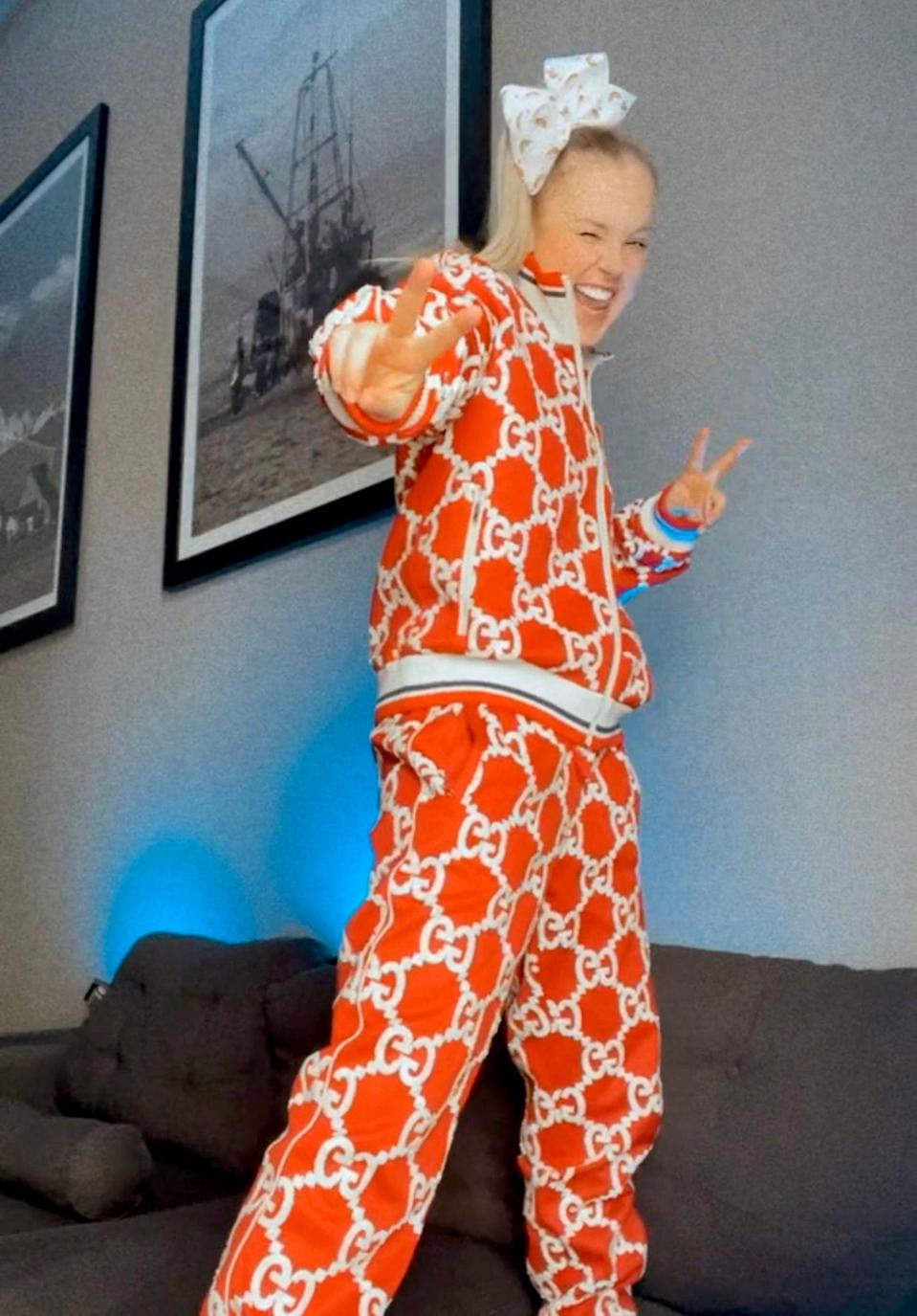 JoJo Siwa Wore This Logo-Covered Gucci Sweatsuit For Her First GLAAD Awards