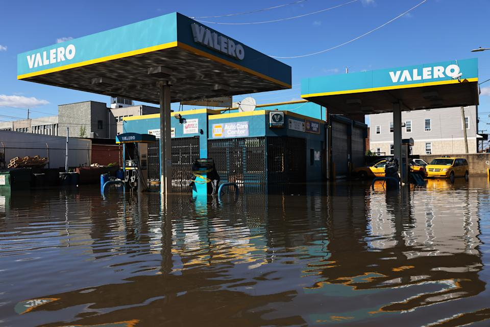 NEWARK, NEW JERSEY - SEPTEMBER 02:  A flooded Valero gas station is seen on South Street on September 02, 2021 in Newark, New Jersey. Gov. Phil Murphy declared a state of emergency due to Tropical Storm Ida which caused flooding and power outages throughout New Jersey as the Northeast was hit by record rain and tornadoes. Numerous deaths in New York and New Jersey have been blamed on the storm. NY Gov. Kathy Hochul has also declared a state of emergency. (Photo by Michael M. Santiago/Getty Images)