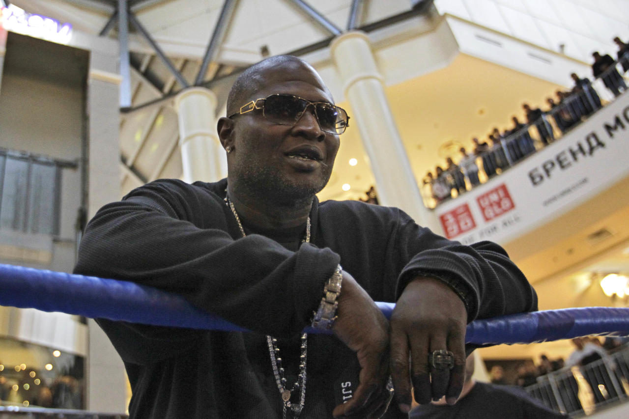 US boxer James Toney seen during an open training event in Moscow, Tuesday, Nov. 1, 2011, ahead of his light cruiserweight fight against Russia's Denis Lebedev in Moscow on Nov. 4. (AP Photo/Sergey Ponomarev)