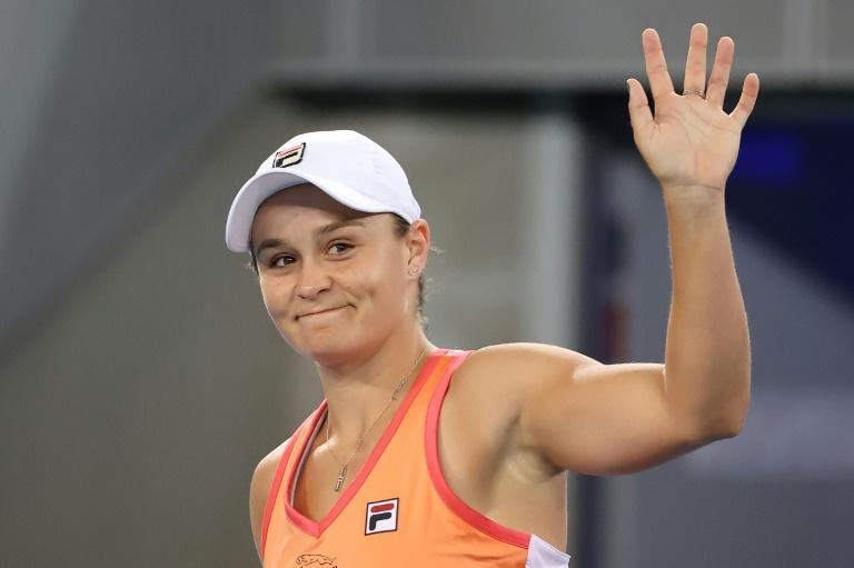 Australia's world number one Ashleigh Barty beat Shelby Rogers in the Yarra Valley Classic