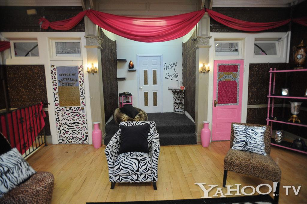 "The left door emblazoned with ""Office of Battalion Chief"" leads to Snooki's bedroom and the pink ""Captain"" door on the right is JWoww's bedroom door. The door between the two is a closet.<br><br><a href=""http://tv.yahoo.com/photos/snooki-and-j-woww-1338597654-slideshow/"">See more ""Snooki & JWoww"" photos</a>"