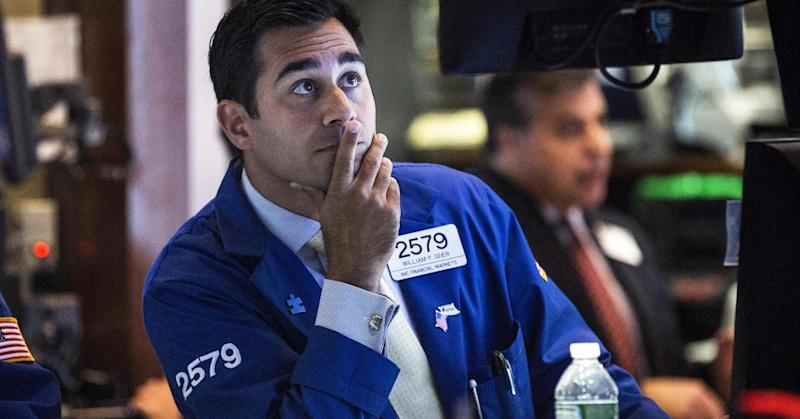 Stock rout extended as retail, JPMorgan disappoint