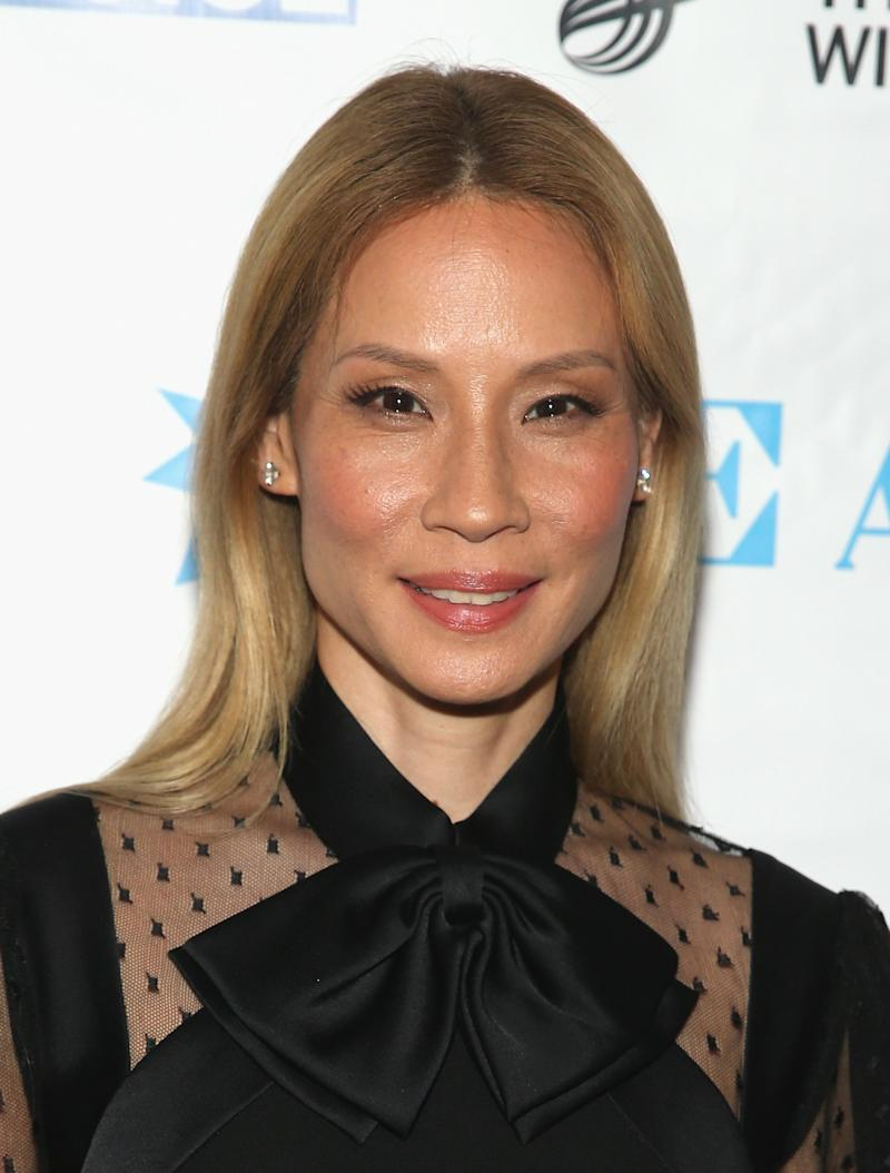 Lucy Liu Dyed Her Signature Black Hair A Warm Sandy Blonde Color