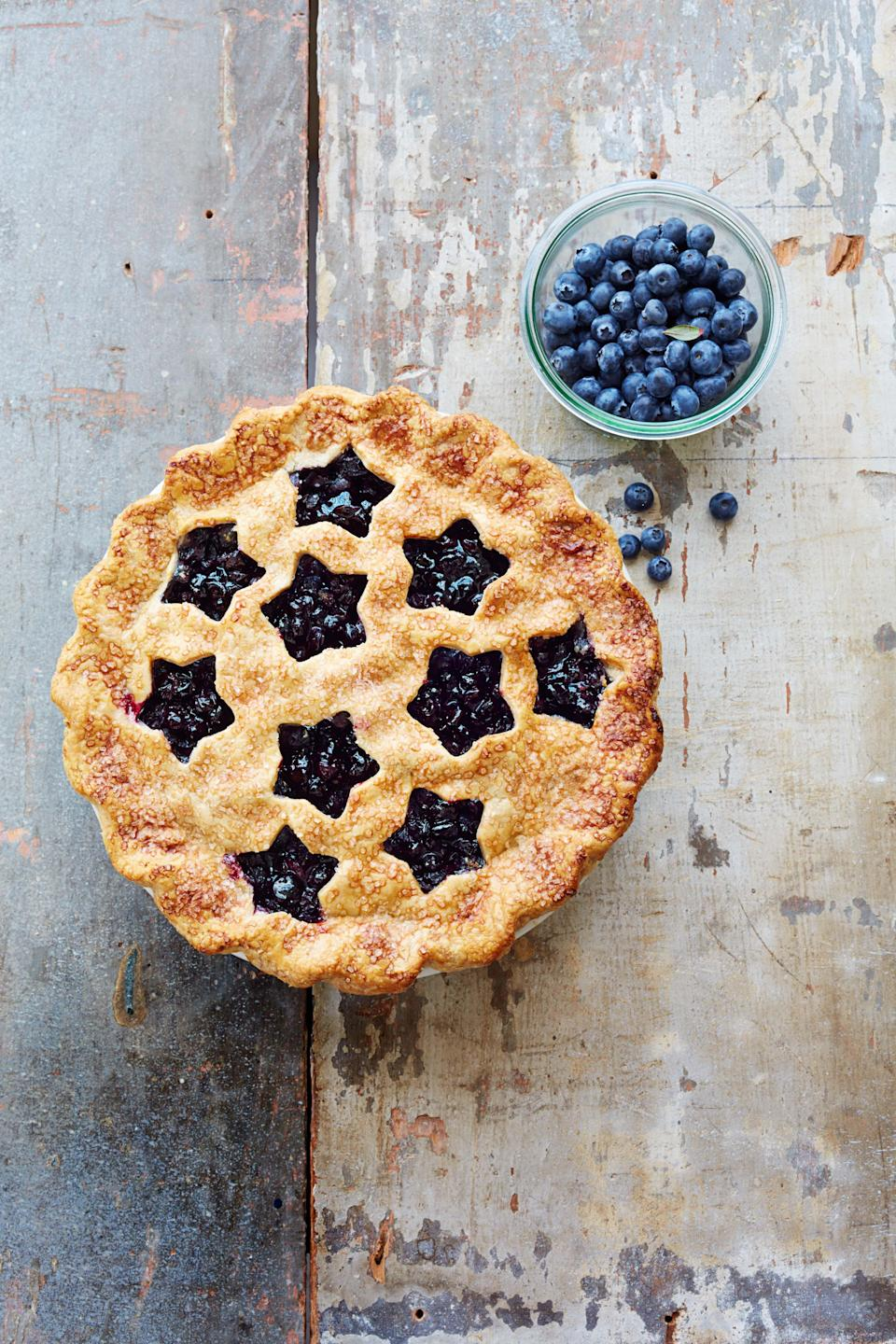 """<p>Easily turn your backyard barbecue into a star-spangled occasion thanks to these delicious, Instagram-worthy 4th of July desserts, including cakes, <a href=""""https://www.goodhousekeeping.com/food-recipes/dessert/g4315/fourth-of-july-cupcakes/"""" rel=""""nofollow noopener"""" target=""""_blank"""" data-ylk=""""slk:4th of July cupcakes"""" class=""""link rapid-noclick-resp"""">4th of July cupcakes</a>, popsicles and other homemade treats. Since the hot summer temps are already in full swing, there are even a few <a href=""""https://www.goodhousekeeping.com/food-recipes/dessert/g2497/no-cook-summer-desserts/"""" rel=""""nofollow noopener"""" target=""""_blank"""" data-ylk=""""slk:no-bake summer dessert"""" class=""""link rapid-noclick-resp"""">no-bake summer dessert</a> options on our list! We've also included a few fully red, white and blue picks too if you really went to get in the spirit of America's birthday, and don't forget the <a href=""""https://www.goodhousekeeping.com/food-recipes/g4316/fourth-of-july-drinks/"""" rel=""""nofollow noopener"""" target=""""_blank"""" data-ylk=""""slk:4th of July drinks"""" class=""""link rapid-noclick-resp"""">4th of July drinks</a> (which, in some cases, also feel like dessert).</p>"""