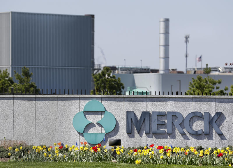 Merck 4Q net powered by cancer treatment sales, lower taxes
