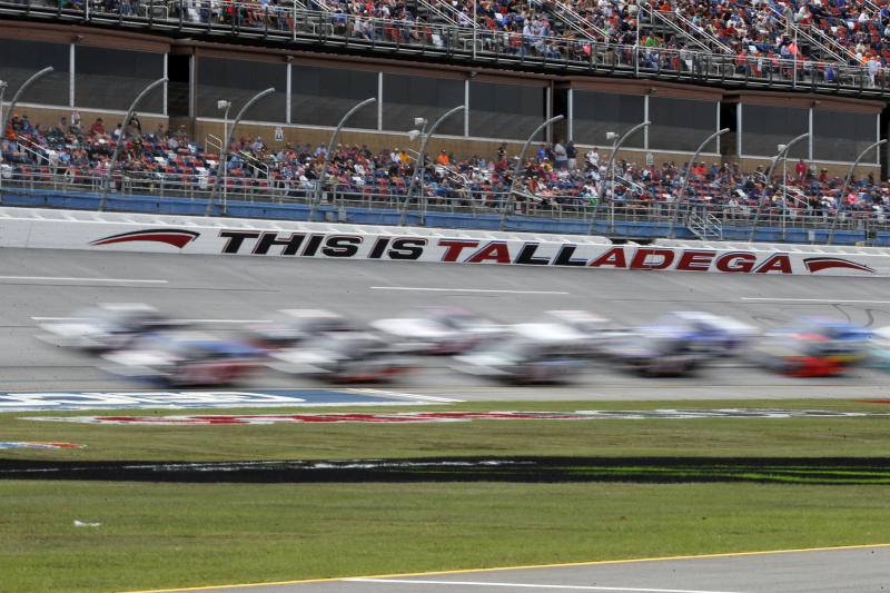 Blaney Wins Door-Banger At Talladega