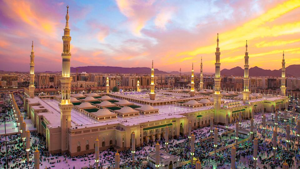 Sunset at Al-Masjid An-Nabawi.
