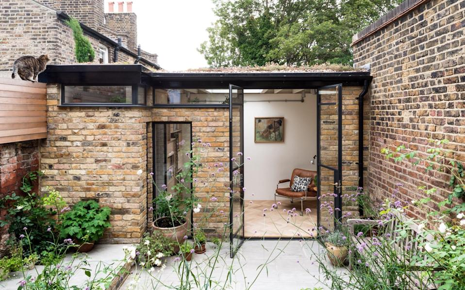 A garden room in Greenwich, south London, designed by MW Architects - FRENCH+TYE