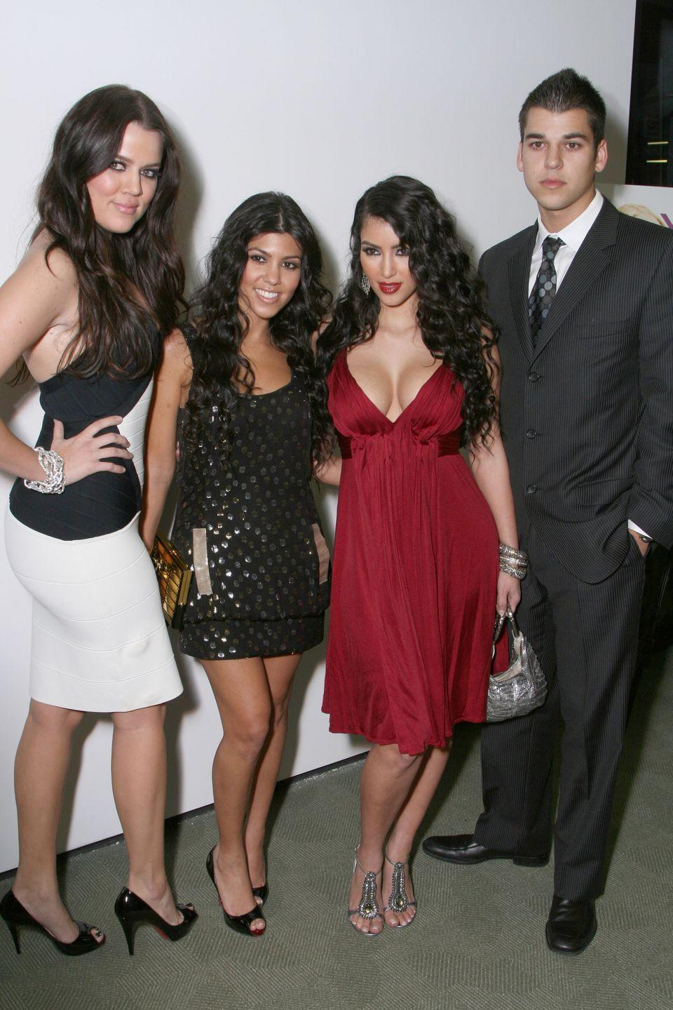 <p>Khloé, Kourt, Kim, and Rob pose for a nice family pic at the season one premiere of <em>Keeping up with the Kardashians</em>. Oh, how times have changed.</p>