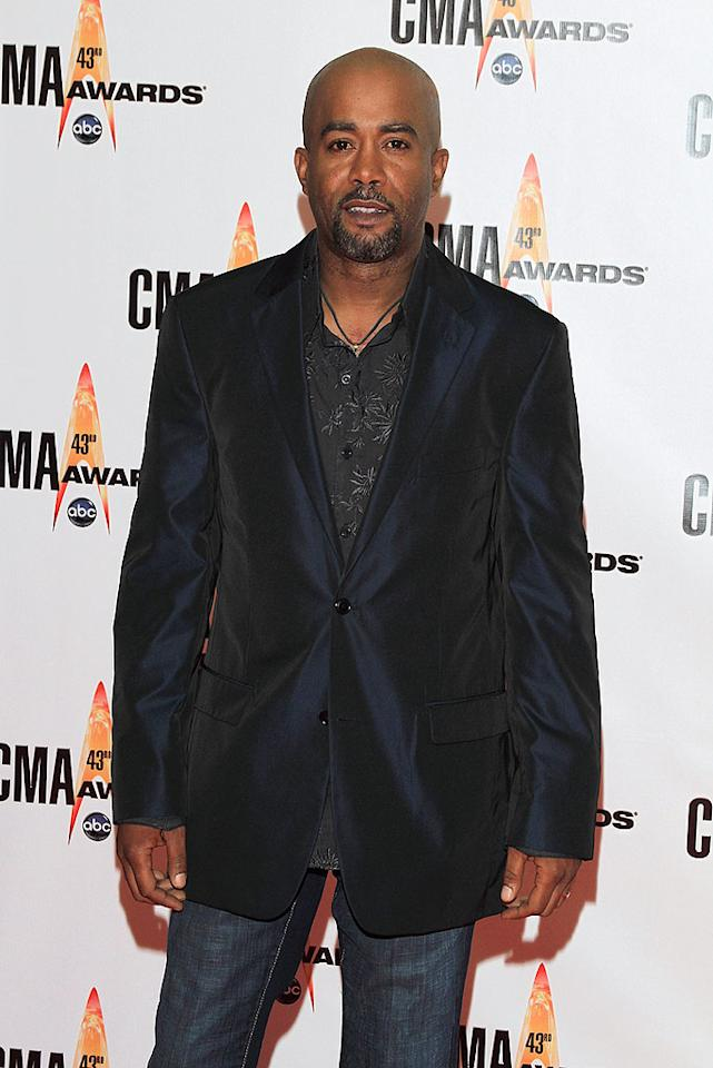 """Darius Rucker  Grade: D-  Hootie's former frontman looked dazed, confused, and underdressed upon making his first appearance at the CMAs. Taylor Hill/<a href=""""http://www.wireimage.com"""" target=""""new"""">WireImage.com</a> - November 11, 2009"""
