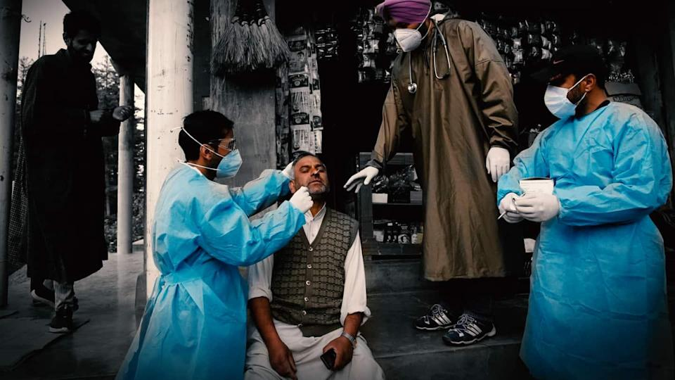 Coronavirus: Only 3.8% vaccinated as death toll crosses 3 lakh