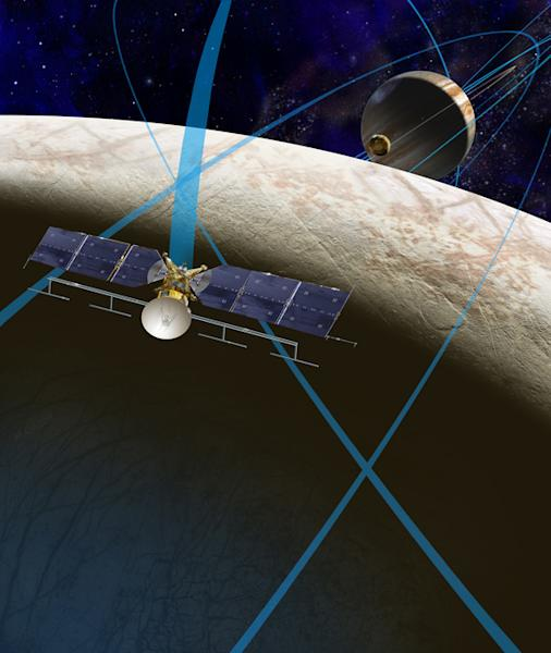 Artist's concept of NASA's Europa spacecraft, which will perform multiple flybys of the ocean-harboring Jupiter moon.