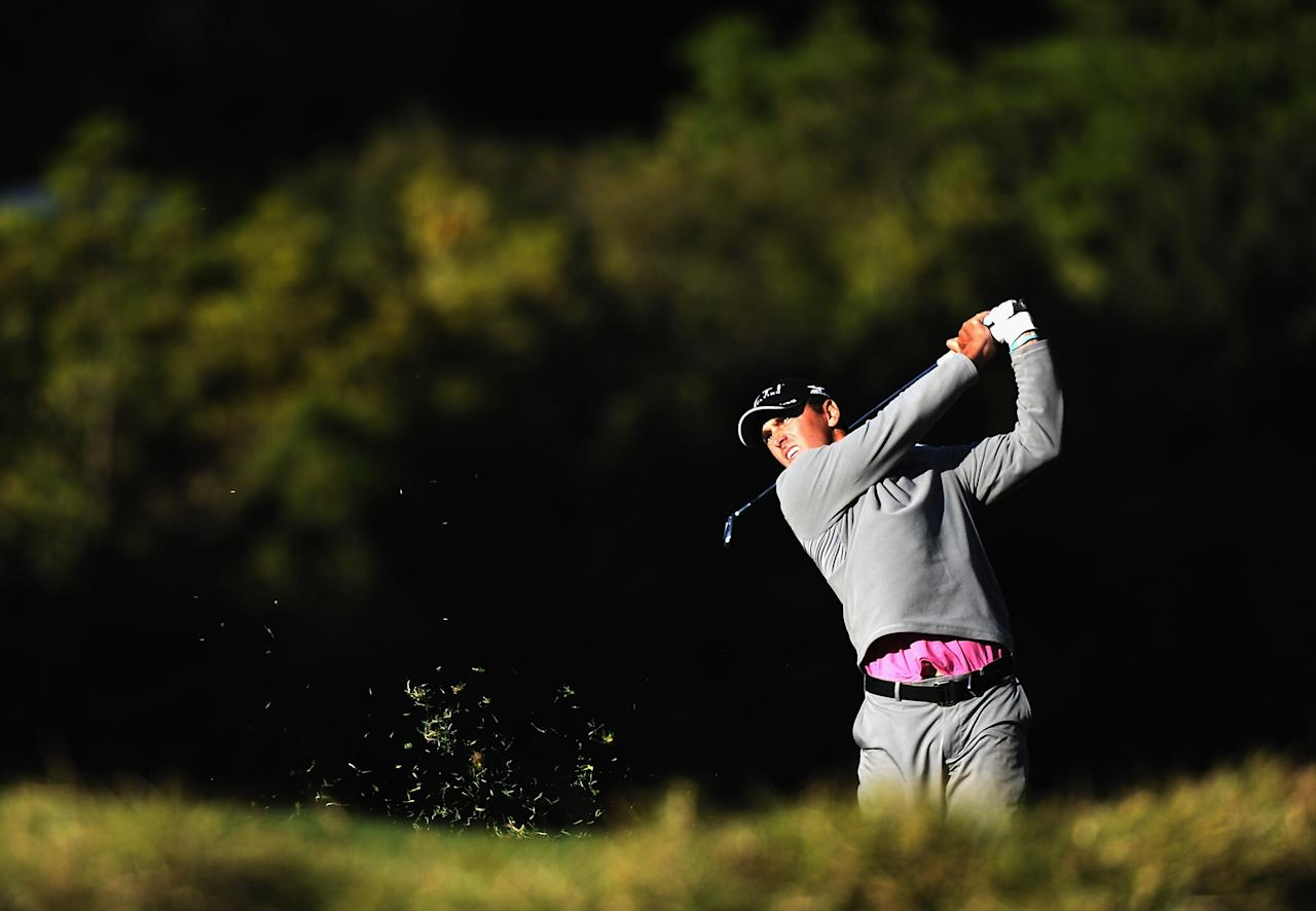 PACIFIC PALISADES, CA - FEBRUARY 16:  Charles Howell III hits a second shot on the fifth hole during the first round of the Northern Trust Open at the Riviera Country Club on February 16, 2012 in Pacific Palisades, California.  (Photo by Harry How/Getty Images)