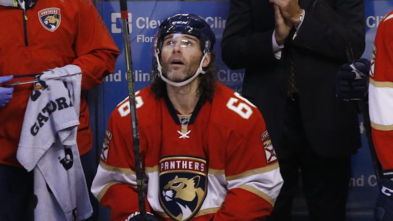 With the summer ticking away, Jagr remains hopeful he'll sign in the NHL