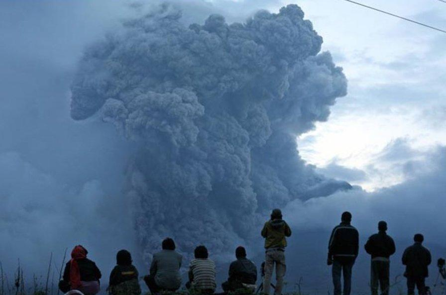 <p>More than 50,000 people have been evacuated from the Mount Agung area, according to the Red Cross. (AP) </p>