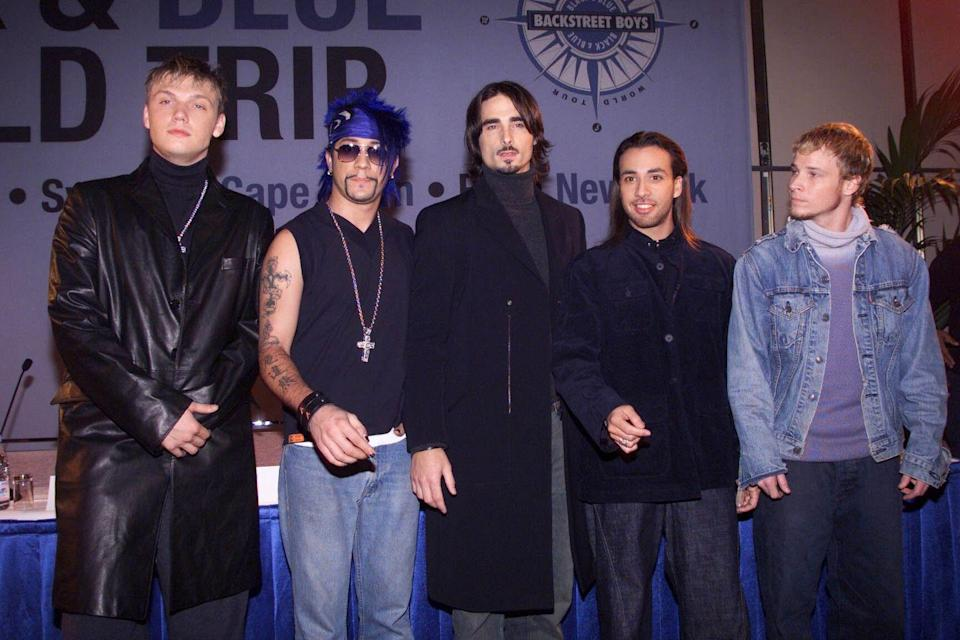 <p>Not one, but three, of the Backstreet Boys covered their necks with turtles for the Stockholm start of their Black & Blue tour. </p>