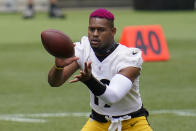 Pittsburgh Steelers wide receiver JuJu Smith-Schuster (19) catches a pass during the team's NFL mini-camp football practice in Pittsburgh, Tuesday, June 15, 2021. (AP Photo/Gene J. Puskar)