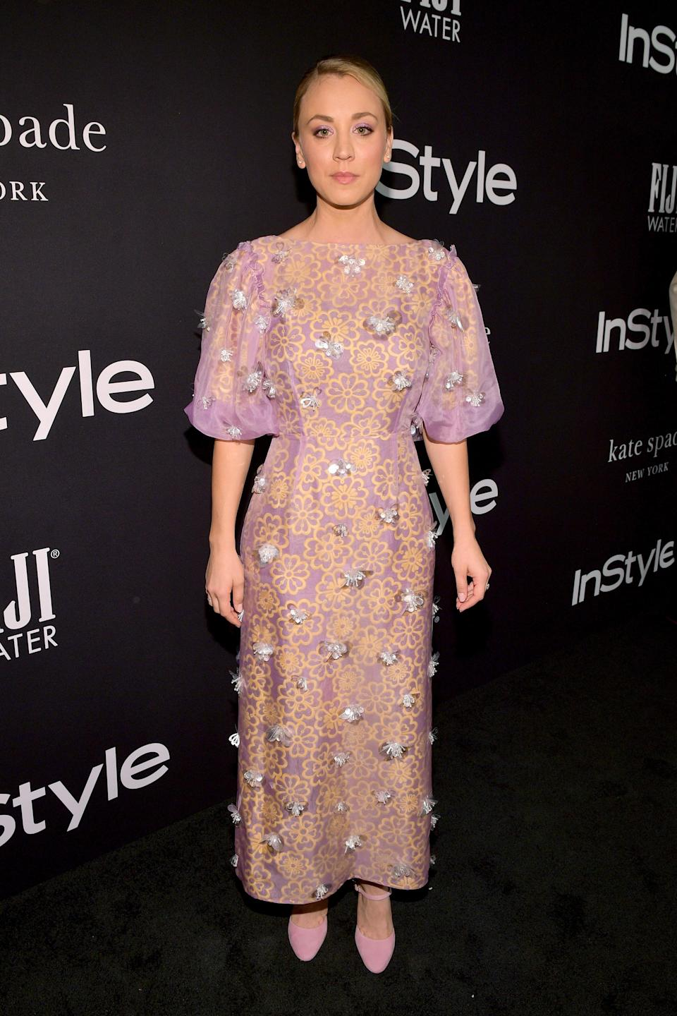 """<p>The """"Big Bang Theory"""" star looked fresh and feminine in Kate Spade. </p>"""