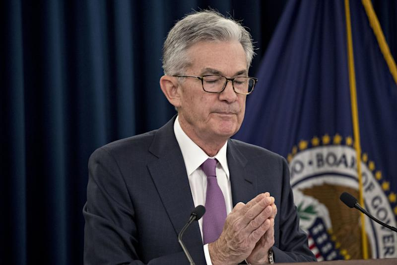 Trump Says Didn't Threaten to Demote Fed's Powell, But Could
