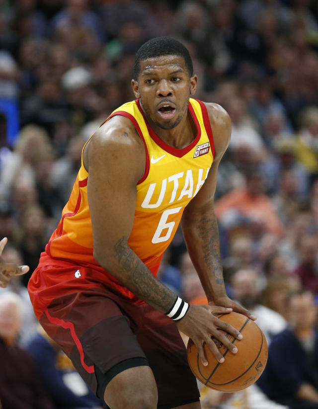 "<a class=""link rapid-noclick-resp"" href=""/nba/players/3520/"" data-ylk=""slk:Joe Johnson"">Joe Johnson</a> (6), who was with the Jazz earlier in the season, appears headed to the Rockets. (AP Photo/Rick Bowmer)"