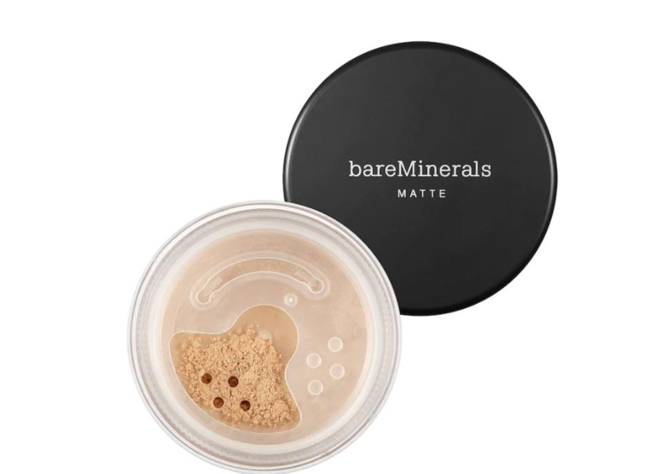 bareMinerals Matte Foundation Broad Spectrum SPF 15. (Image via Sephora)
