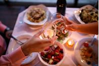 <p>Don't worry: This doesn't have to do with your political views. A progressive dinner date is one where you eat each course in a different location. Pick a neighborhood (ideally, one that you both haven't spent much time in) and visit different places for happy hour, appetizers, dinner, and dessert. </p>