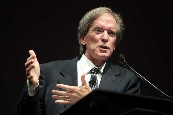 Pimco co-founder Bill Gross speaks at an event.