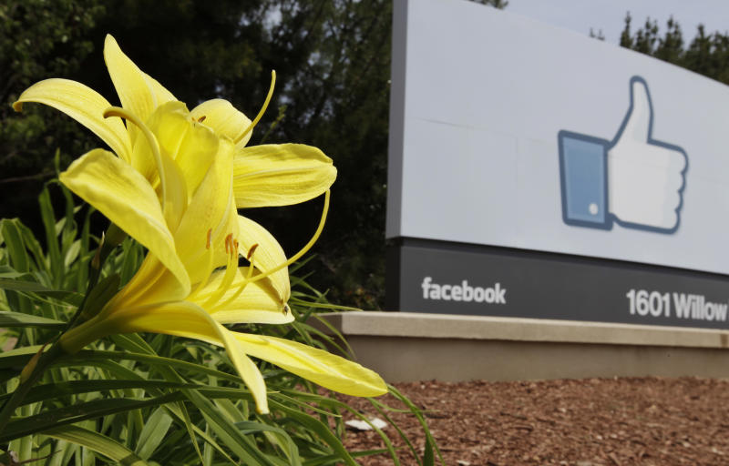 Facebook sets $28 to $35 price range for IPO