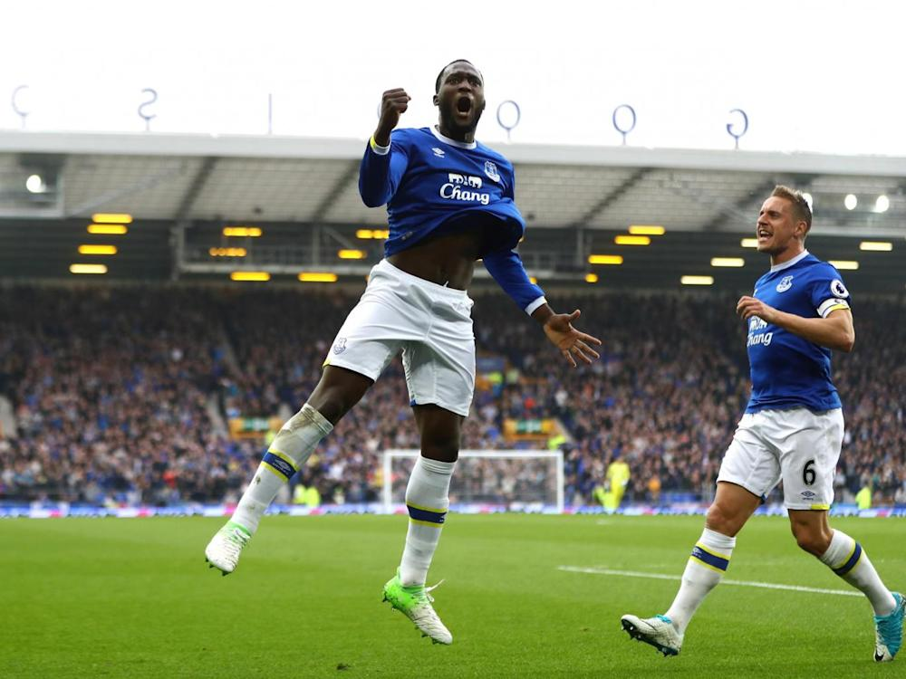 Lukaku celebrates scoring for Everton (Getty Images)