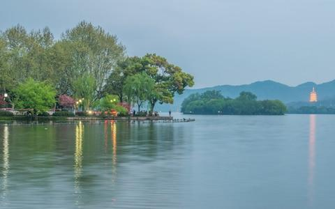 Spring scenery of West Lake in Hangzhou, east China's Sichuan Province - Credit:  Barcroft Media
