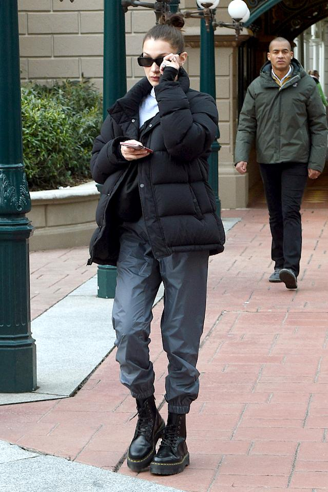 "<p>Bella Hadid wraps up in <a rel=""nofollow"" href=""https://fave.co/2q15KNA"">Aritzia's Tna Super Puff </a><a rel=""nofollow"" href=""https://fave.co/2q15KNA"">jacket</a> on March 5 in Paris.<br />(Photo: Beretta/Sims/Rex/Shutterstock) </p>"