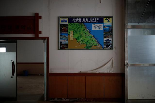 <p>A tourist map of Goseong hangs on a wall at the abandoned Alps Ski Resort located near the demilitarized zone separating the two Koreas in Goseong, South Korea, Jan. 17, 2018. (Photo: Kim Hong-Ji/Reuters) </p>