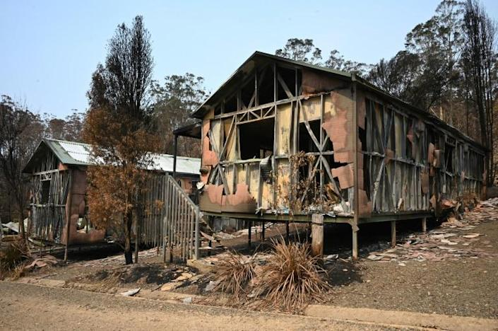 Heavy rain is forecast for parts of bushfire-hit Australia, but it is too late for some places (AFP Photo/PETER PARKS)