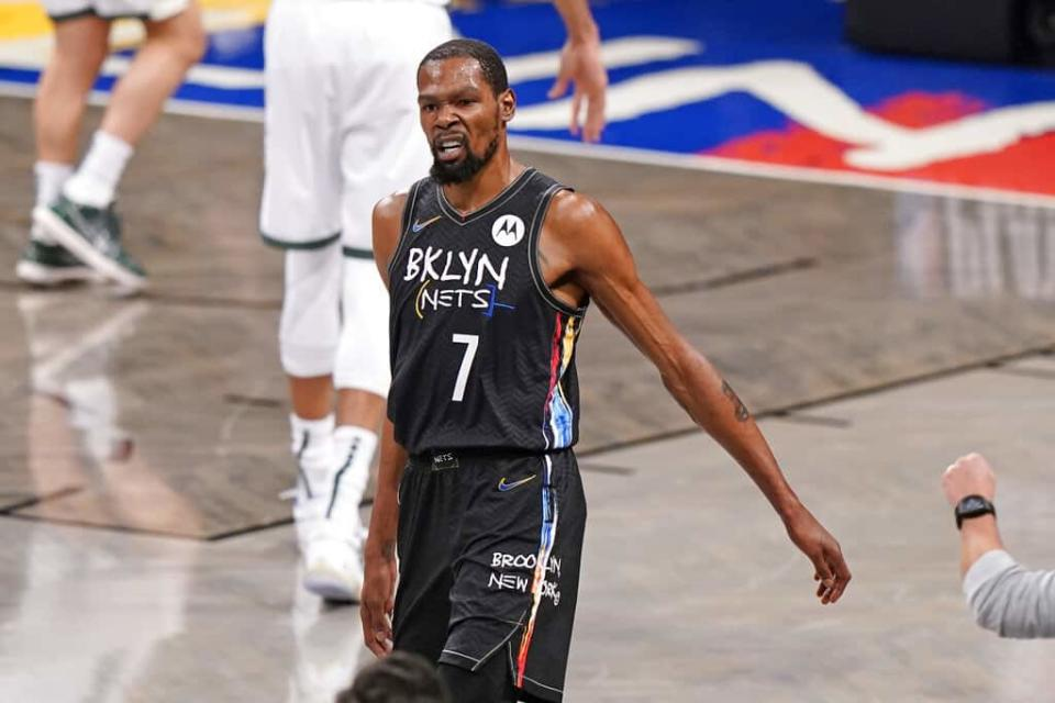 EMac gives his favorite NBA DFS picks for Yahoo, DraftKings + FanDuel daily fantasy basketball lineups, including Kevin Durant | 6/15/21