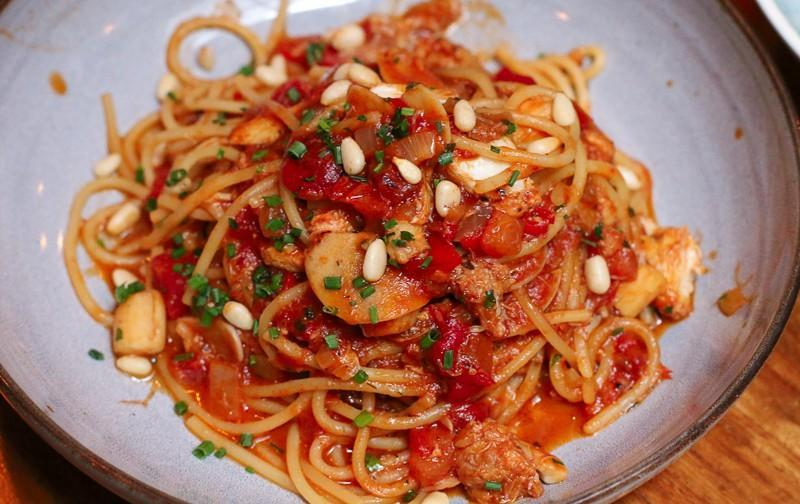 A plate of Blue Swimmer Crab Pasta