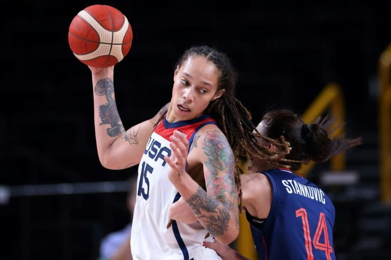 Brittney Griner (left) scored a double-double as the USA beat Serbia to reach the women's Olympic basketball final