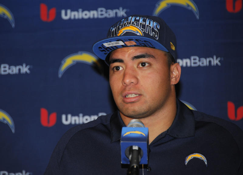 San Diego Chargers draft pick inside linebacker Manti Te'o, from Notre Dame, speaks at an NFL football news conference held at the Chargers facility Saturday, April 27, 2013 in San Diego. (AP Photo/Denis Poroy)