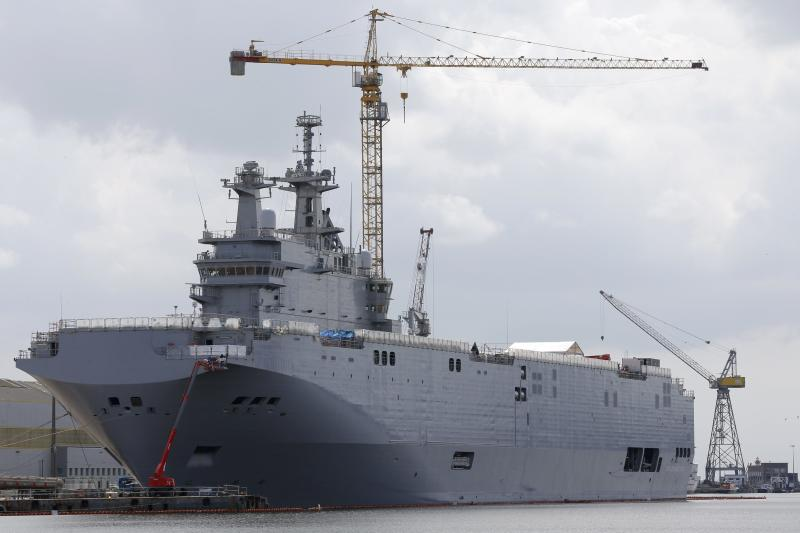 The Mistral-class helicopter carrier Vladivostok is seen at the STX Les Chantiers de l'Atlantique shipyard site in Saint-Nazaire, western France, April 24, 2014. The Vladivostok is due to be delivered to the Russian Navy in October. REUTERS/Stephane Mahe (FRANCE - Tags: MILITARY POLITICS BUSINESS)