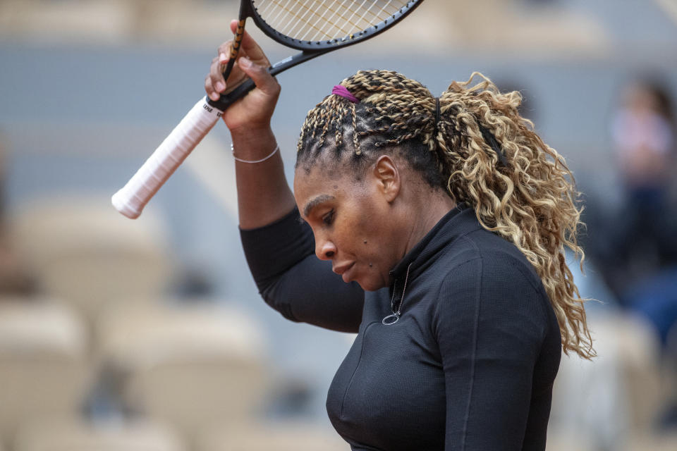 Serena Williams acknowledging the crowd at Roland Garros.