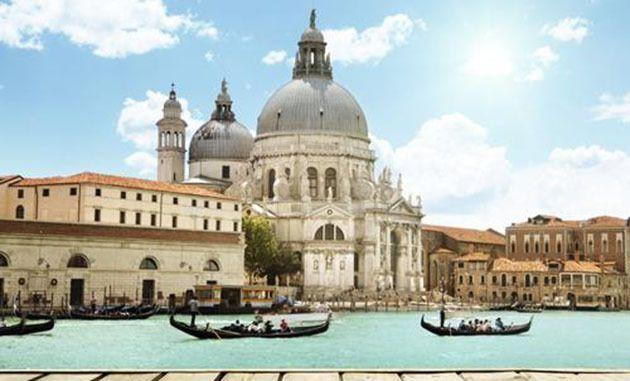 Venice officials remain concerned about suitcases' effects on the city infrastructure. Photo: Thinkstock