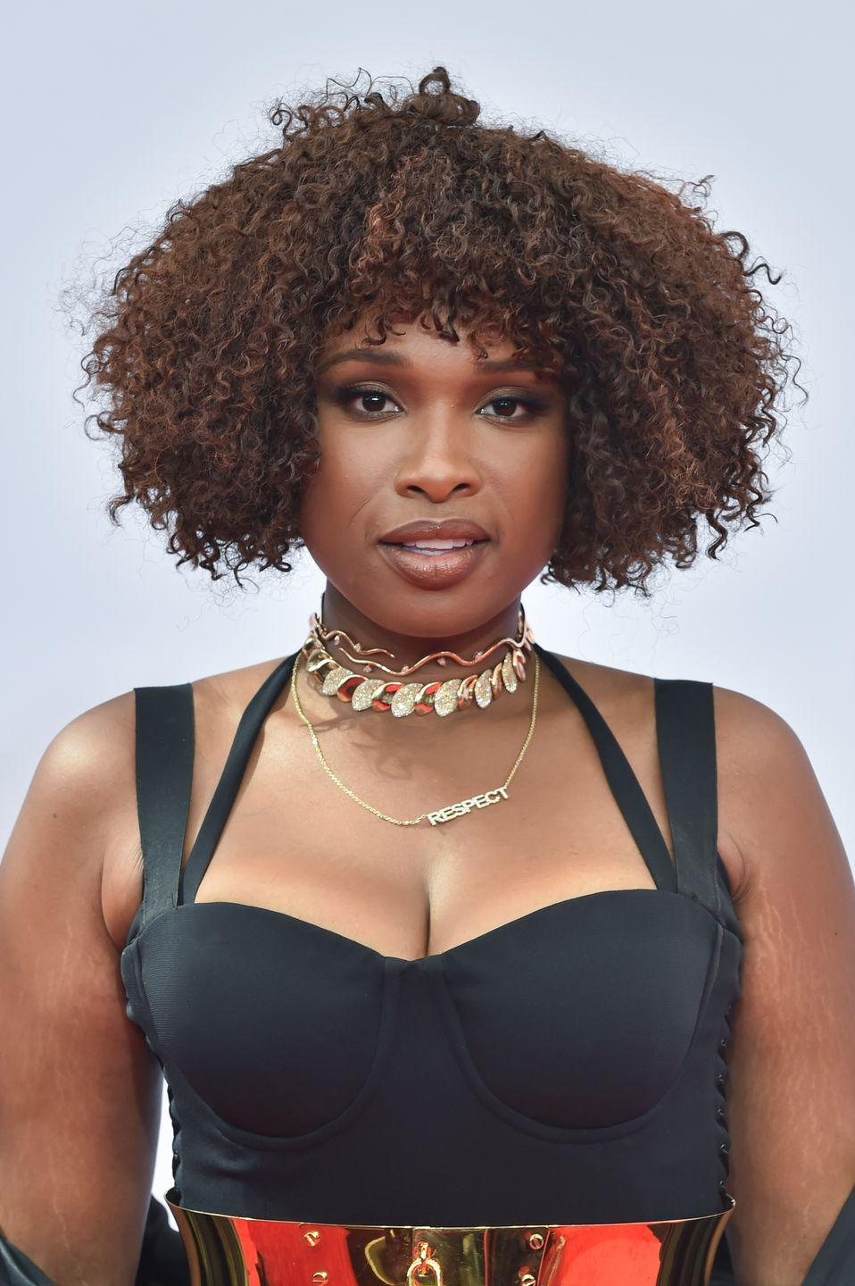 <p>Warm brown highlights on dark hair add color to your entire face. Go for super subtle streaks like actress and singer <strong>Jennifer Hudson </strong>for a chic, understated look.</p>