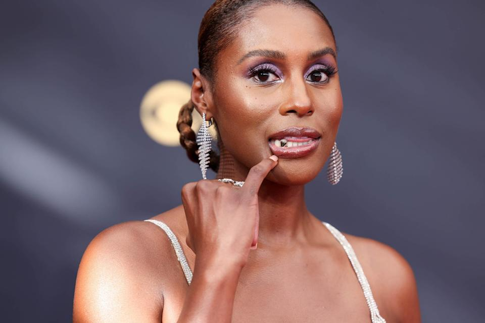 """<h1 class=""""title"""">issa rae 2021 emmys grill</h1><cite class=""""credit"""">Getty Images</cite>"""